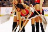 http://www.totalprosports.com/wp-content/uploads/2009/10/blackhawks-ice-crew-girls-342x400.jpg