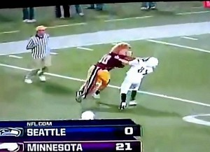 Minnesota Gopher Mascot Throws One Vicious Stiff Arm