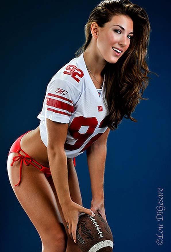 Hot Chicks In Football Jerseys