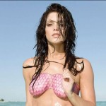 Hot Ashley Greene in Body Paint