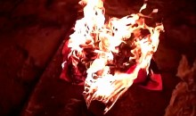 Drunk Redneck Pisses On and Sets Fire to Lane Kiffin Gear