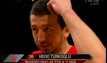 Hedo Turkoglu Thinks it's Just The Ball (Video)