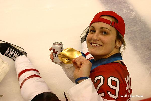 http://www.totalprosports.com/wp-content/uploads/2010/02/Canadian-Women's-Hockey.jpg