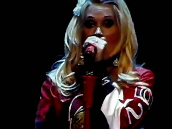 Carrie Underwood Shows Her Love For The Sens