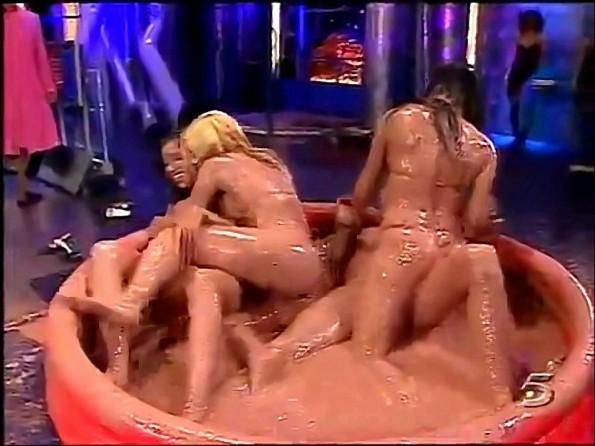 Hot Bikini Clad Girls Mud Wrestle On Spanish TV