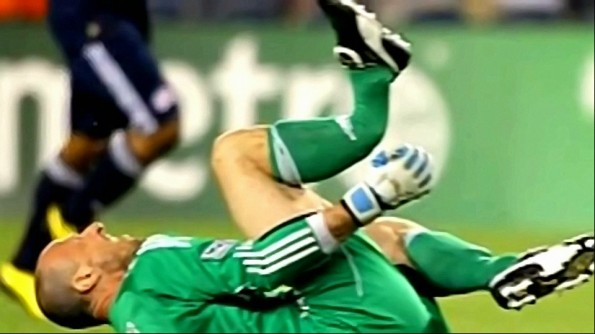 Revolution Goalkeeper Preston Burpo Suffers Horrifying Leg Break