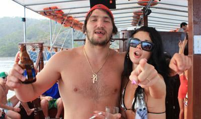alex ovechkin party boat 2