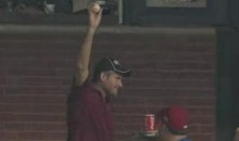 Check Out This Phillies Fan's Amazing One-Handed Grab