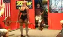 Chick Projectile Vomits During 424-Pound Deadlift (Video)
