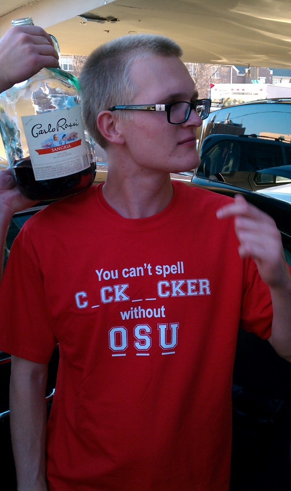 Picture Of The Day: Some Spelling Lessons From The Wisconsin Badgers' Fans | Total Pro Sports