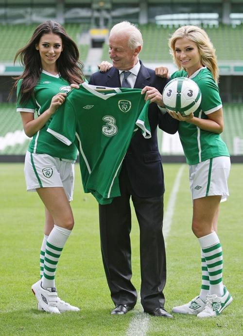 Trapattoni and two models