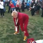 USC Grandma Shakes What Her Great-Great-Grandma Gave Her During Tailgate