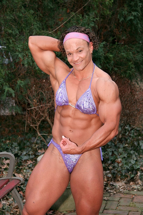 The incorrect Drawings of women bodybuilders