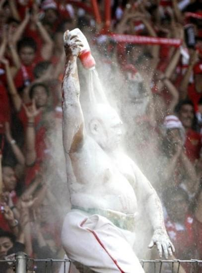 picture of the day king of the powder toss total pro sports