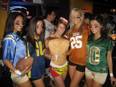 Sexy college football girls