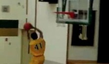 14-Year-Old Jamar Ergas Performs An In-Game 360 Dunk (Video)