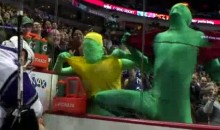 The Canucks' Green Guys Are Back As Hulkamaniacs (Video)