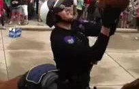 Cops On Horses Play Basketball At Ohio University's Palmerfest (Video)