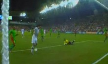 Clint Dempsey Didn't Feel Like Scoring This Goal For The U.S. Last Night (Video)