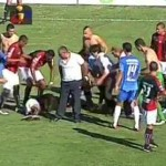 Salvador Agra falls off stretcher