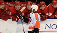 Fan Throws Banana At Flyers' Wayne Simmons