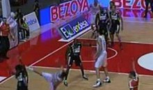Rudy Fernandez Hits An Incredible Off-Balance 3-Point Shot (Video)