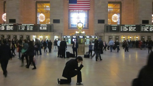 Grand Central Tebowing