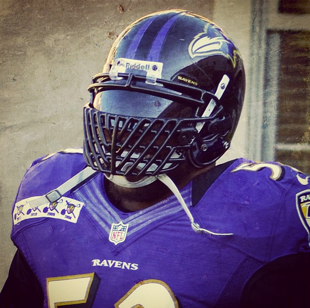 Ray Lewis' New Facemask