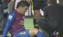Barcelona's David Villa Breaks His Leg (Video)