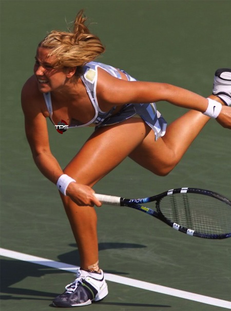 #19 tennis wardrobe malfunction nipple slip