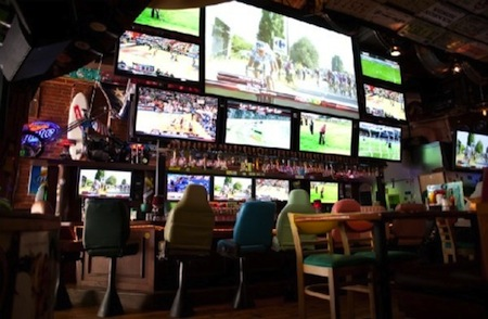 best sports bars barneys beanery westwood