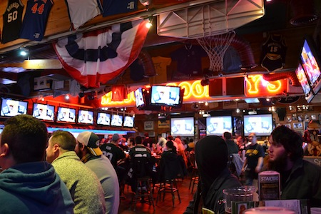 best sports bars major goolsby's