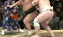 Sumo Referee Gets KO's (Video)