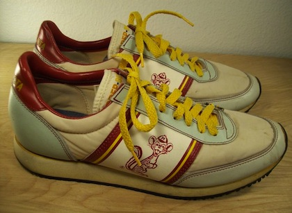 vintage minnesota gophers running shoes