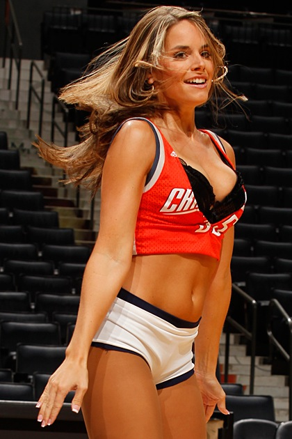 1-charlotte-bobcats-lady-cats-cheerleade