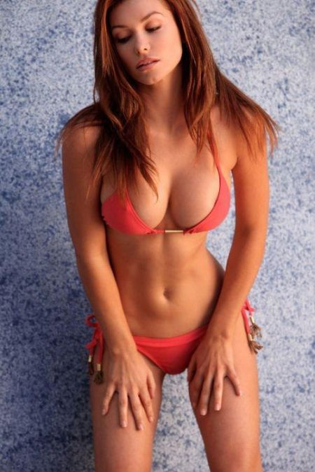 Hot girls with abs