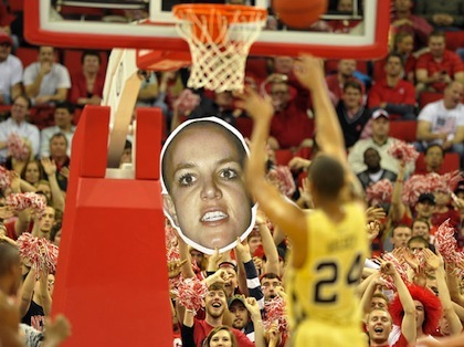 #4 nc state wolfpack free throw distraction