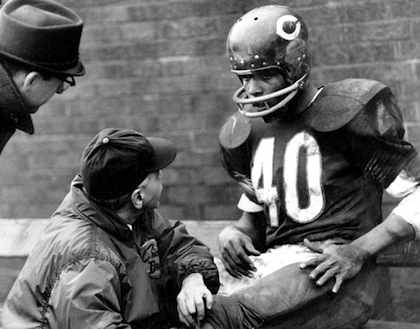 #40 Gale Sayers