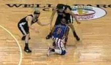 Three Harlem Globetrotters Take On An Entire Team (Video)