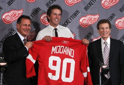 Mike Modano, Mike Ilitch, Ken Holland