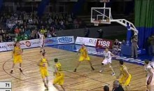 This Desperate, No-Look Basketball Shot Somehow Went In (Video)