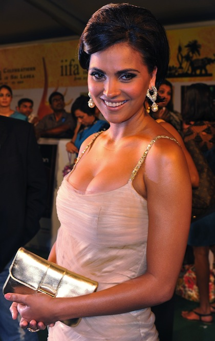 lara dutta (derek jeter girlfriend)