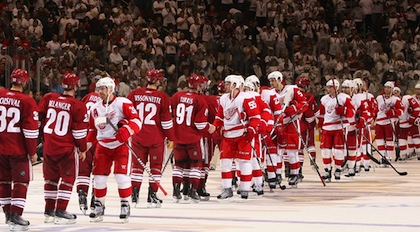 red-wings-phoenix-coyotes-post-season-handshake
