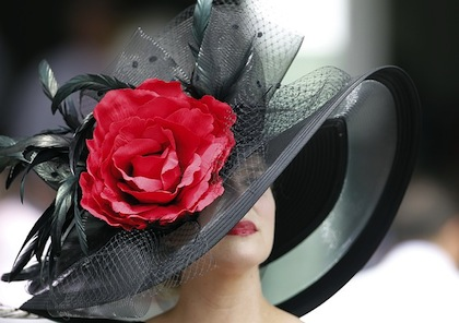 2012 kentucky derby crazy hat