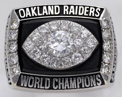 #7 Oakland Raiders 1977 Super Bowl XI championship ring