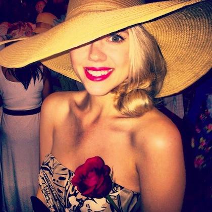 #9 beautiful girl at 2012 kentucky derby
