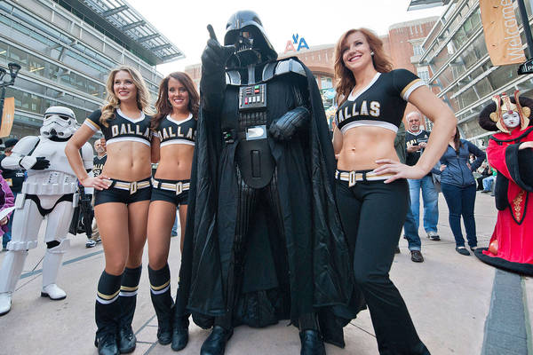 Dallas Stars Ice Girls with Darth Vader