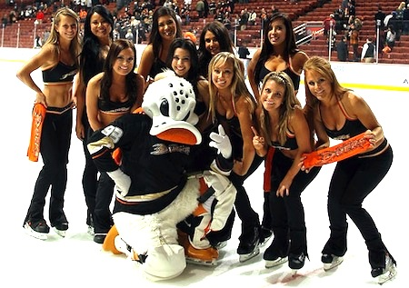 ducks ice girls 3