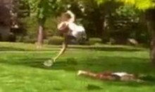 Here's A Cool Side-Flip Frisbee Catch (Video)
