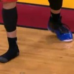 mike bibby lose shoe